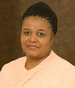 Edna Molewa1 IT consultant steals R2m from govt